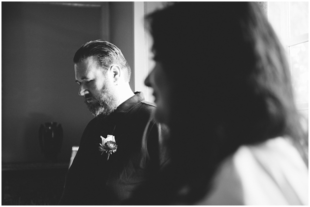 groom at rowena's inn elopement | sharalee prang photography_693